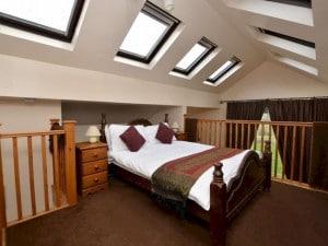 oak-bedroom-phf-300x225-1